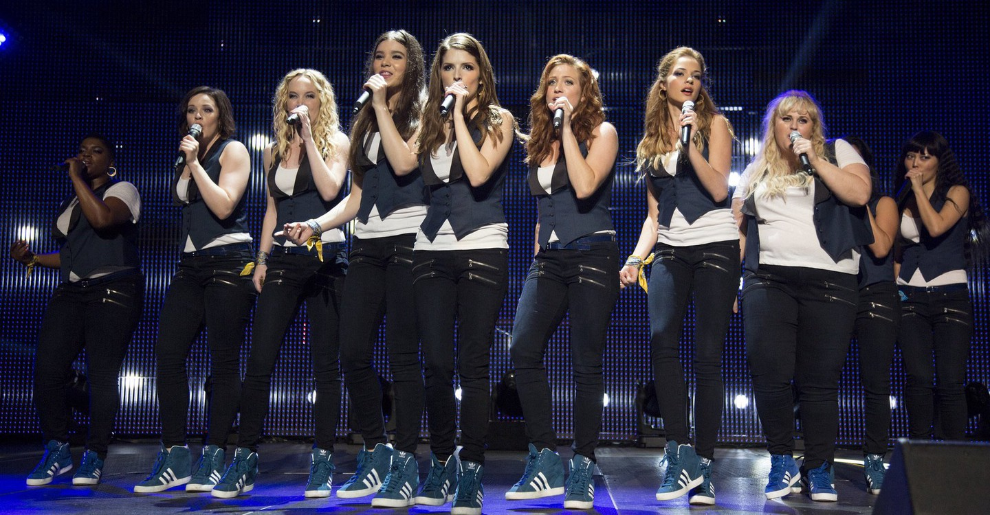 Pitch Perfect 2 backdrop 1