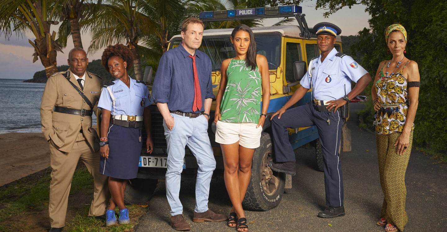 Death in Paradise backdrop 1