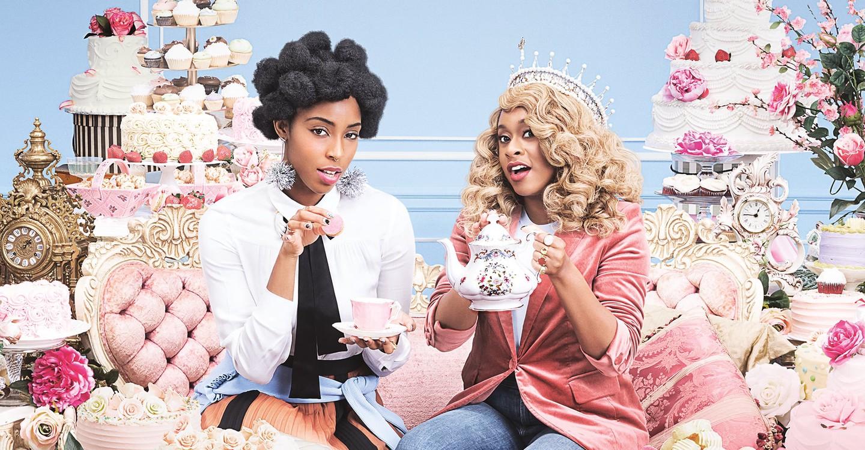 2 Dope Queens backdrop 1