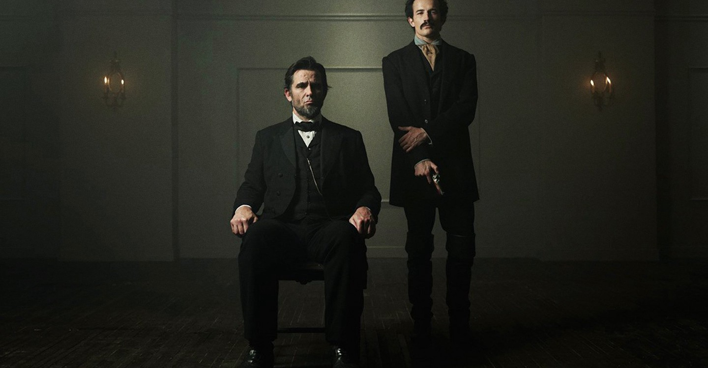 the lincoln movie essay Essay the lincoln lawyer mickey haller is a criminal defense lawyer, who knows how to play all the angles to lessen the charges or to help get his clients off he runs his business out a 4 lincoln town cars, (pg 16.