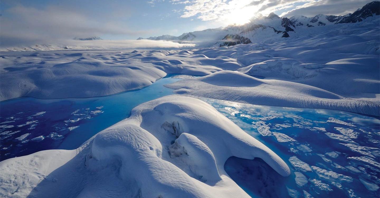 Chasing Ice backdrop 1