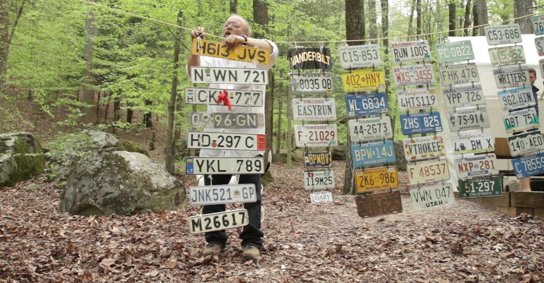 The Barkley Marathons: The Race That Eats Its Young backdrop 1