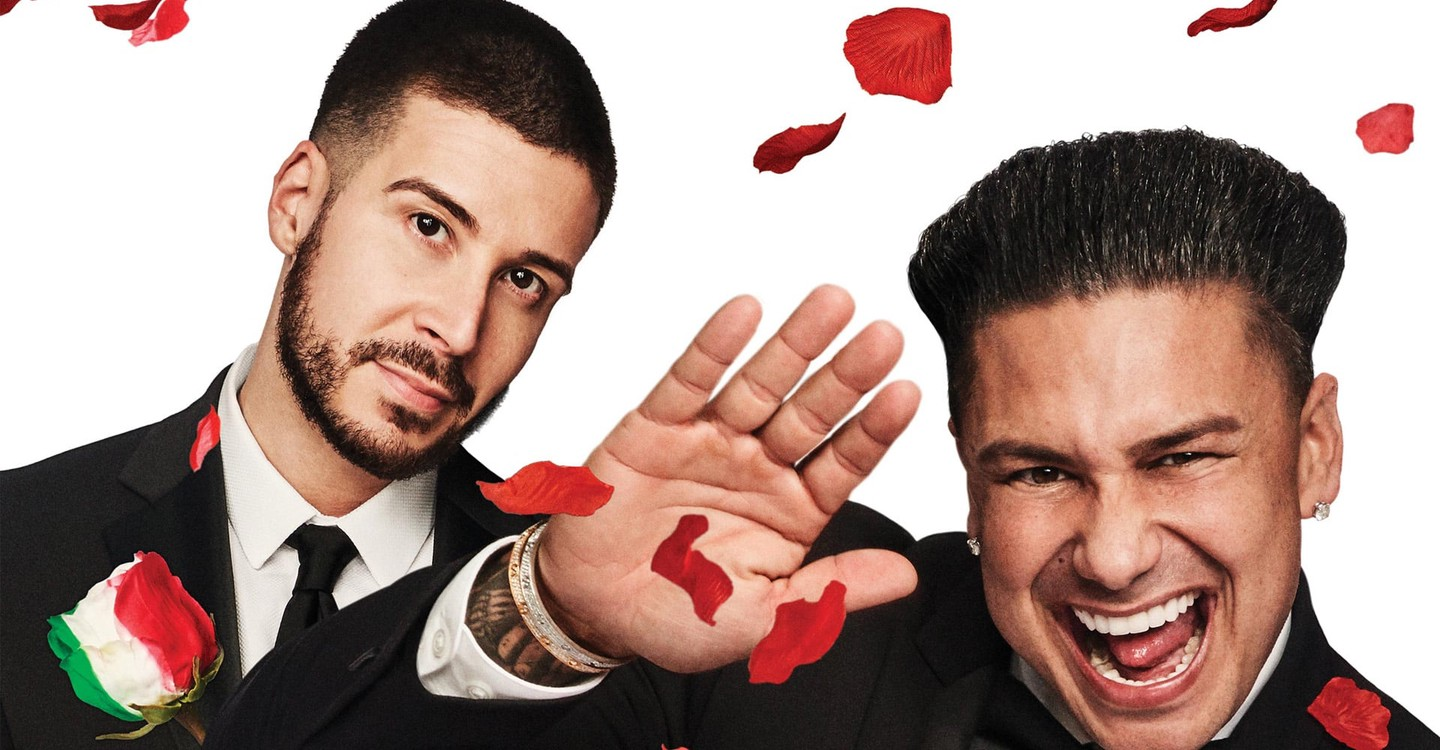 Double Shot at Love with DJ Pauly D & Vinny backdrop 1