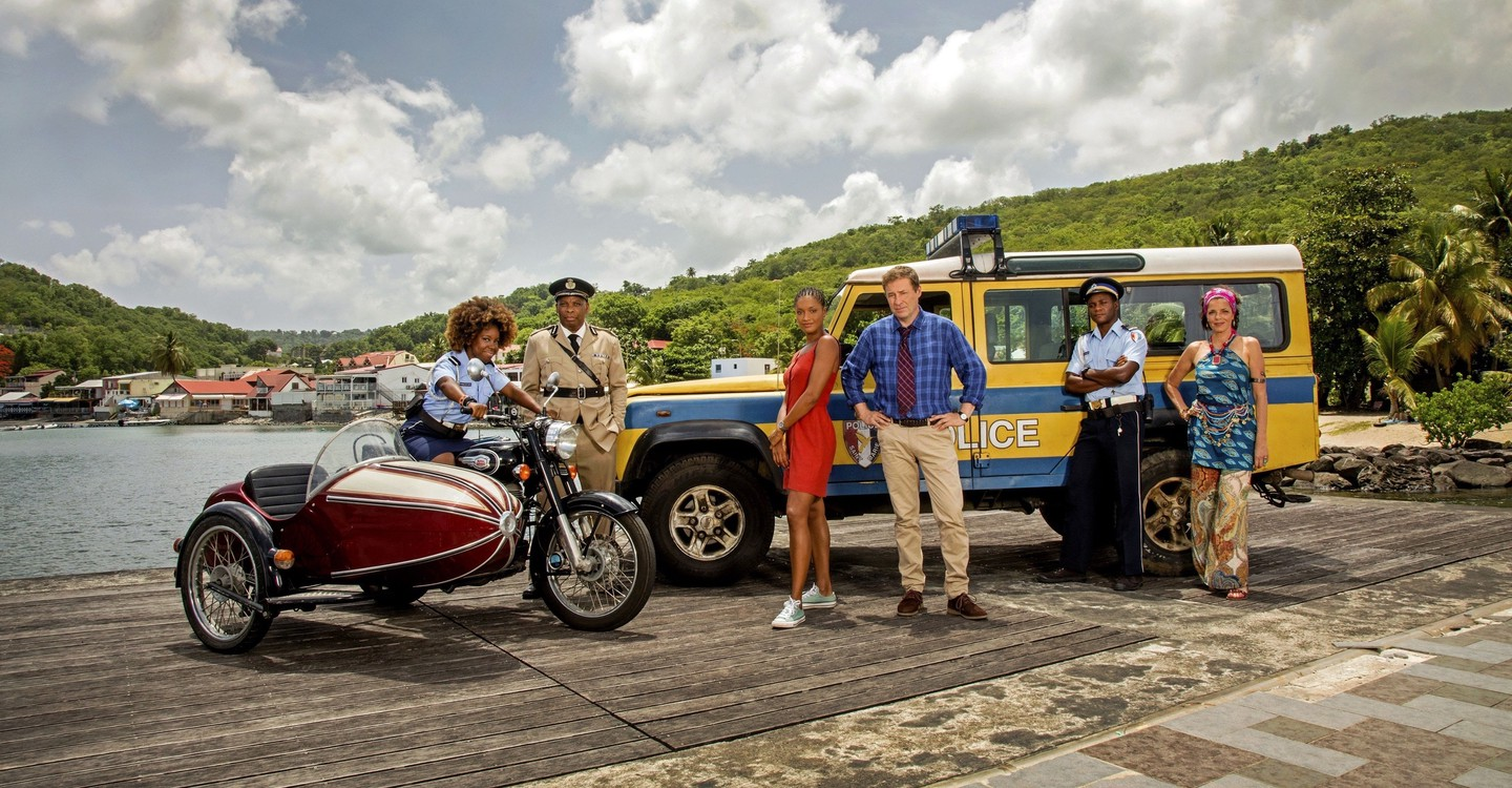 death in paradise watch free online
