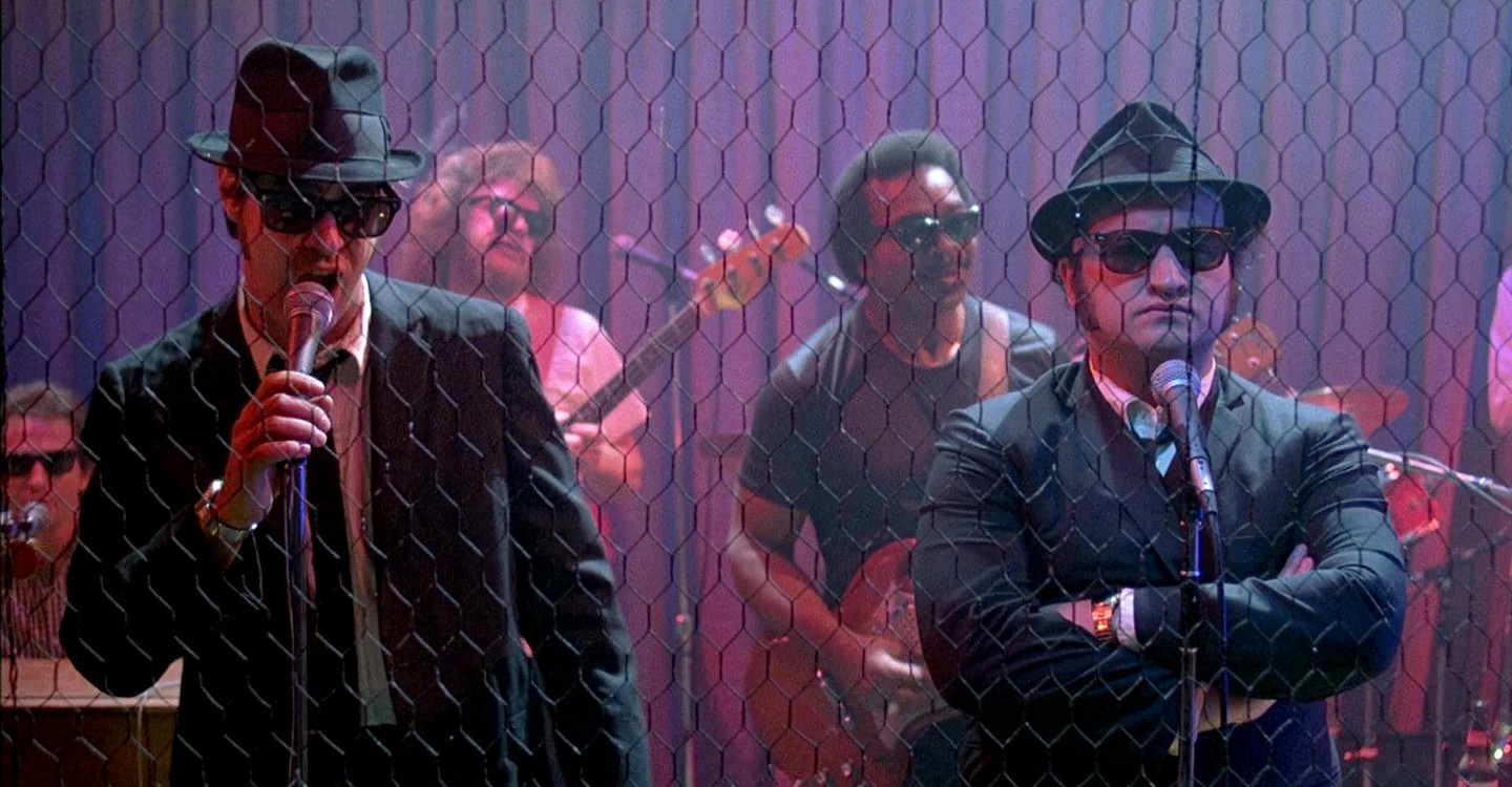 watch the blues brothers full movie online free