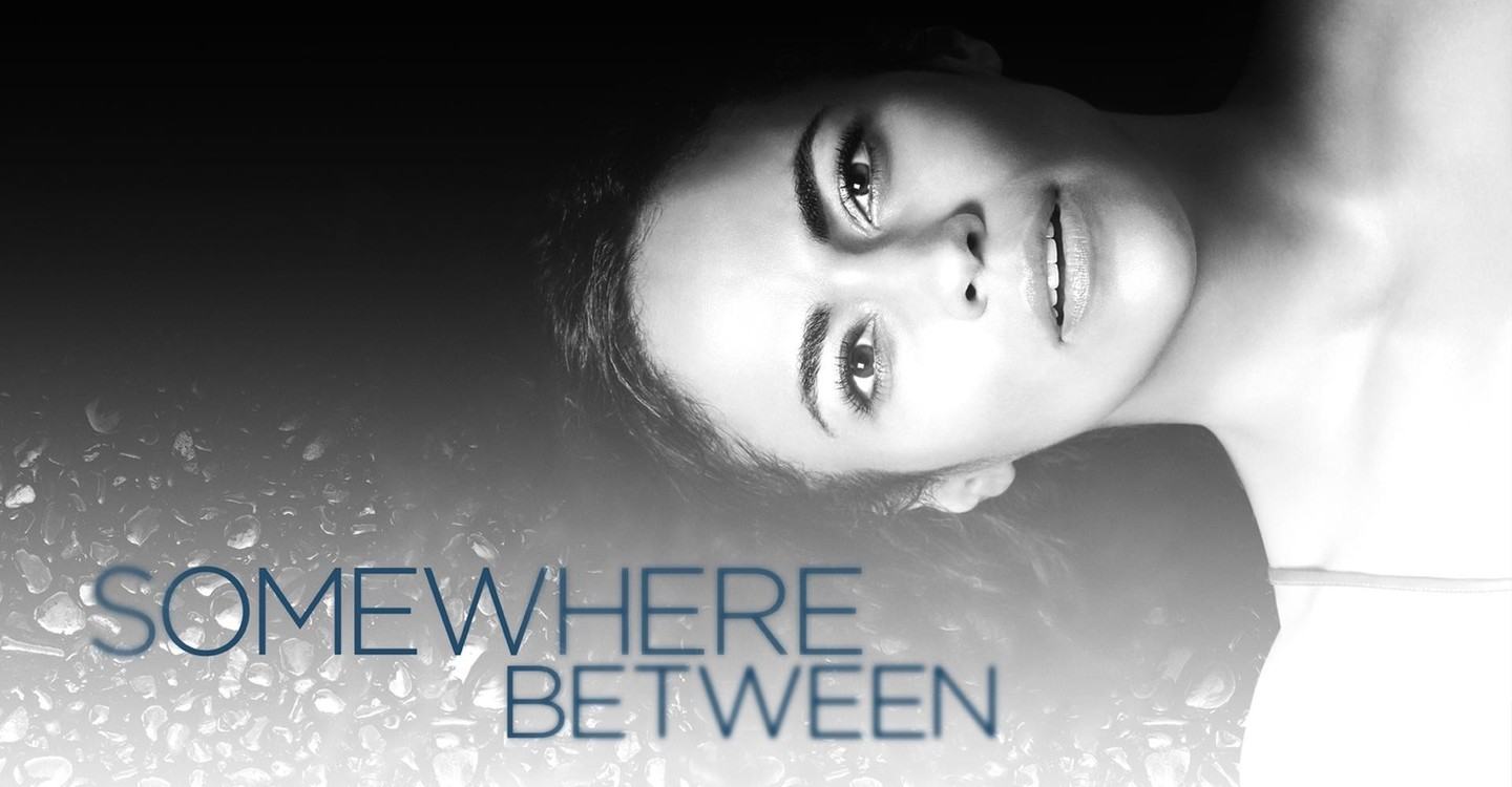 Somewhere Between - Ver la serie de tv online