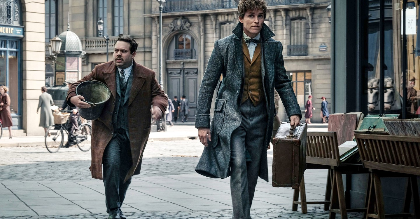 Fantastic Beasts: The Crimes of Grindelwald backdrop 1
