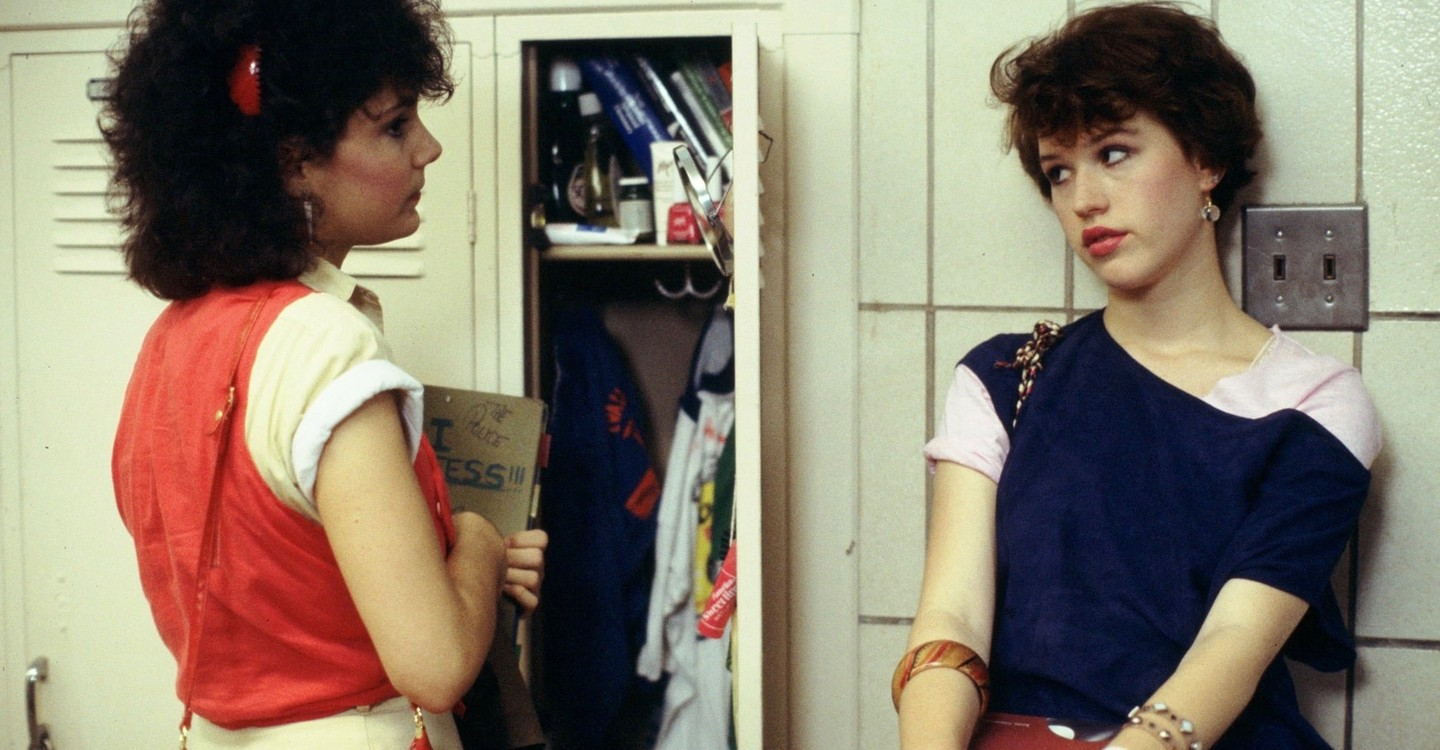 sixteen candles full movie free online