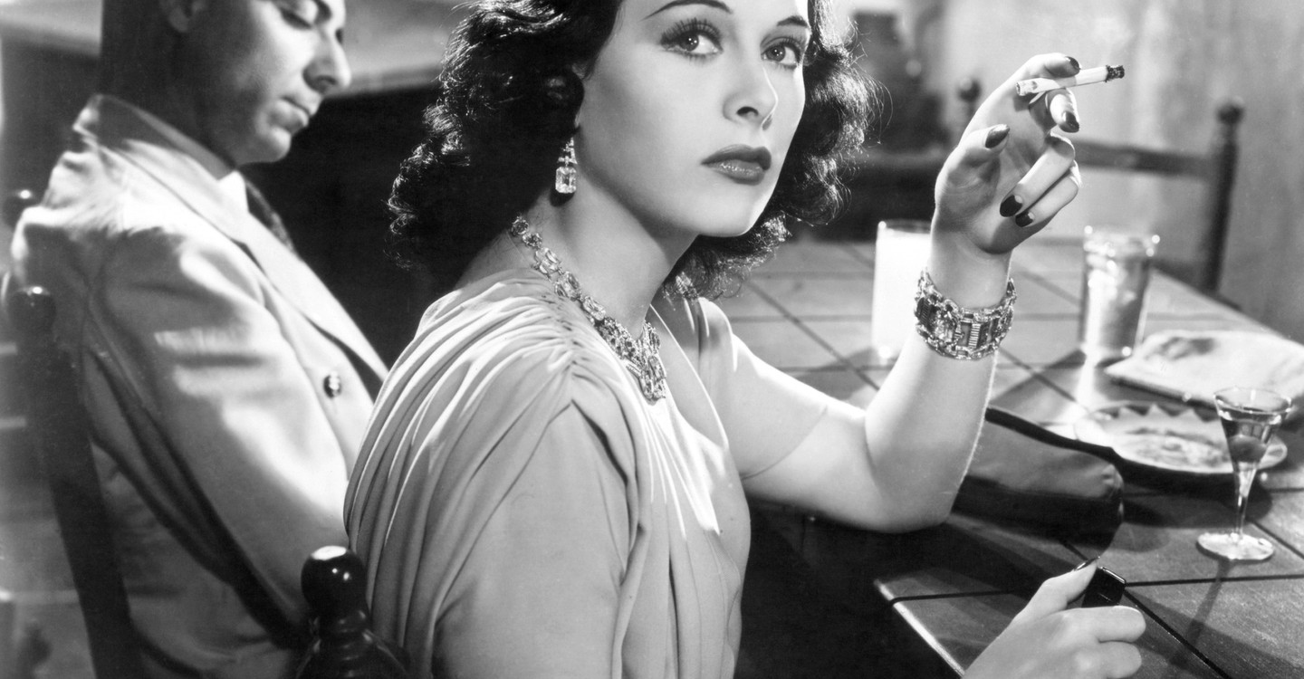 Hedy Lamarr : From Extase to Wifi backdrop 1