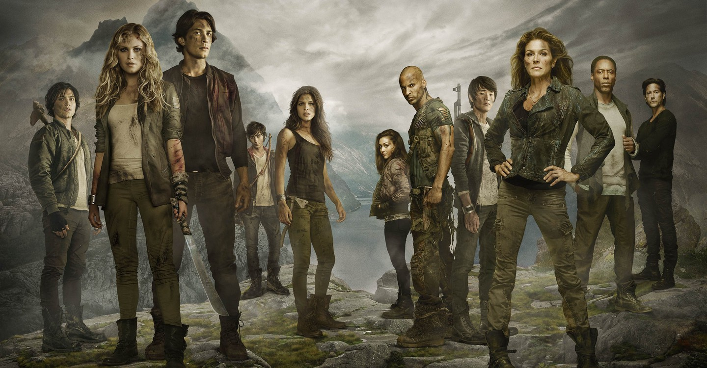 The 100 backdrop 1
