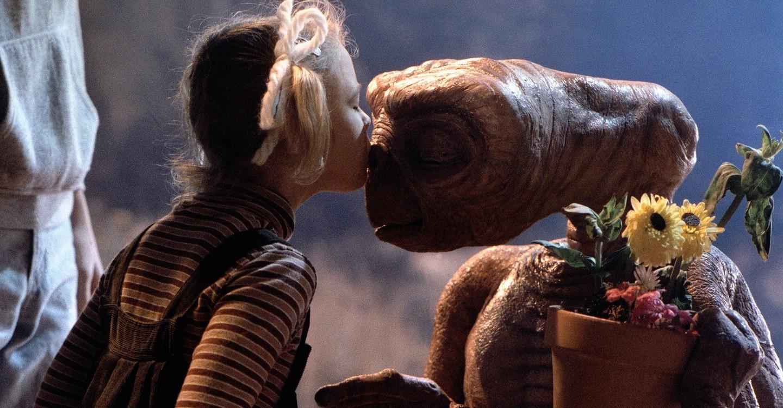 E.T. backdrop 1