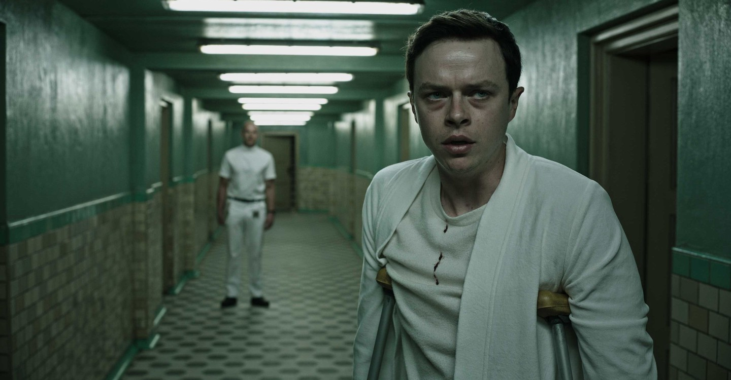 A Cure for Wellness backdrop 1