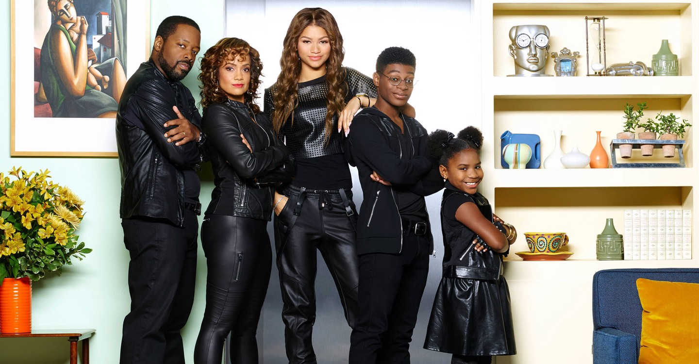 K C  Undercover Season 1 - watch episodes streaming online