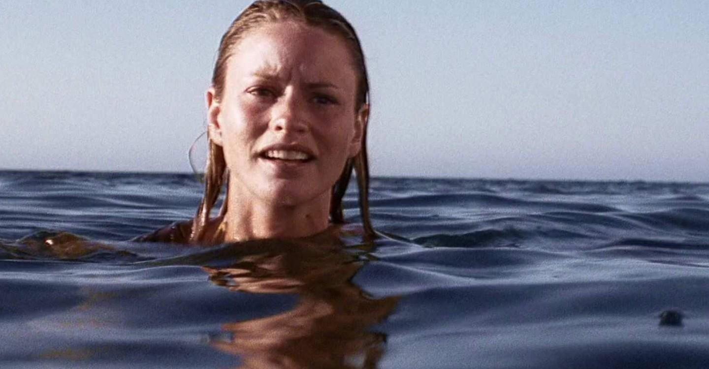 Open Water 2: Adrift backdrop 1
