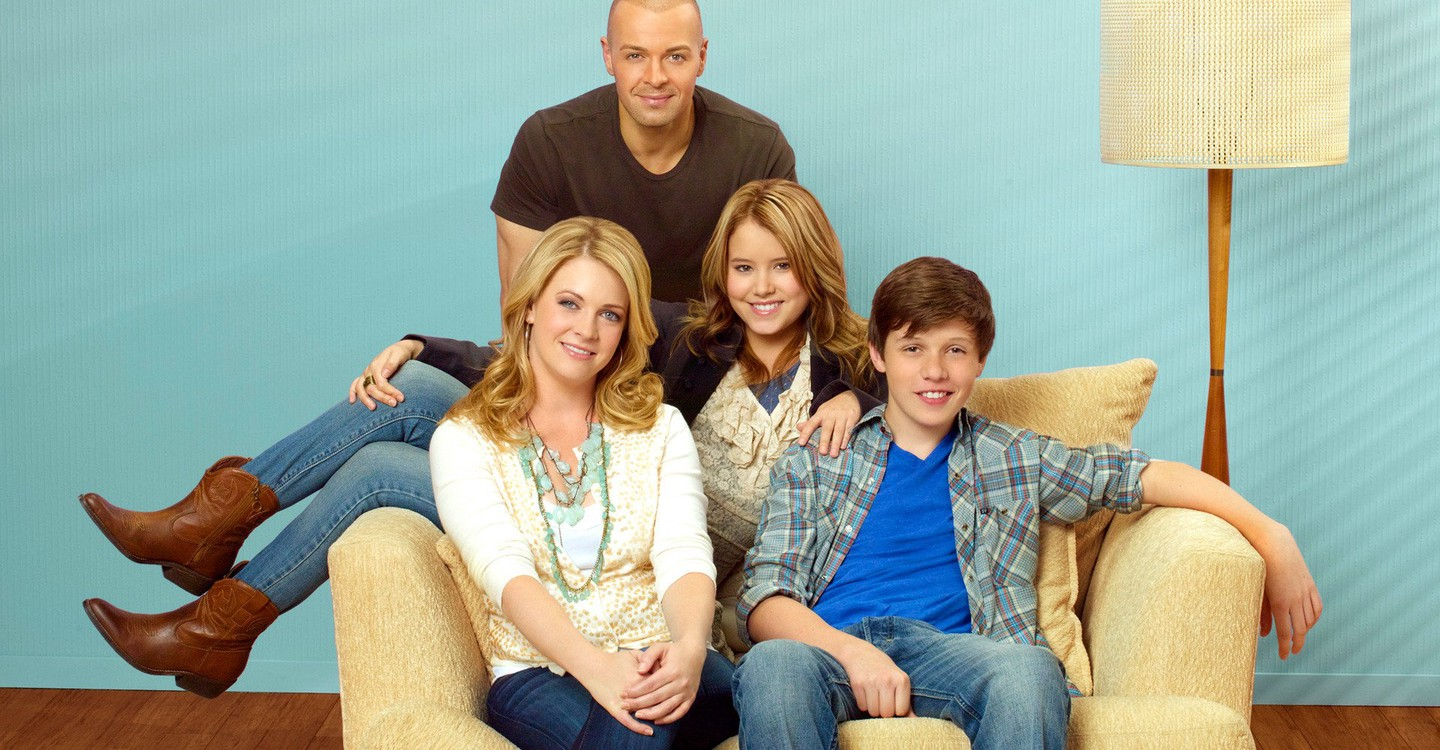 Melissa & Joey Season 2 - watch episodes streaming online